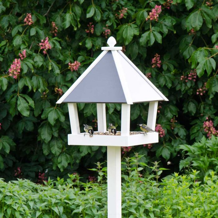 Queens Bird Table